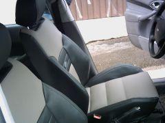 přední sedačky na Ford Focus 1 v úpravě Octavia RS2