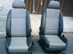 přečalouněné přední sedačky z Octavia 1