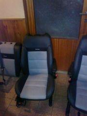přední sedačky z Ford Focus 1 upravené do tvaru Octavia 2 RS