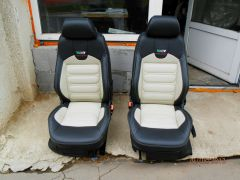 předni sedačky z Fabije 1 upravene do tvaru Octavije 2 RS ,edicy pro anglii