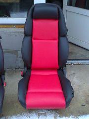 Předni sedačka z Nissanu 300ZX