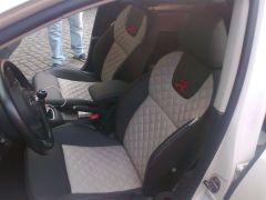 předni sedačky z W Golf 6 upravene do tvaru Octavii 3 Elegance