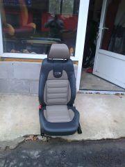 předni sedačka z Octavije 2 upravena na RS