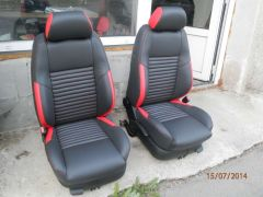 sedačky z W Golf4 upravene do tvaru Fabii RS2