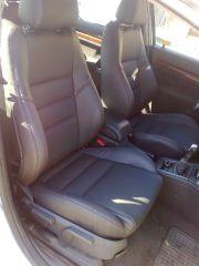 sedačka z Opel Vectra C upravene do tvaru Fabii 2 RS